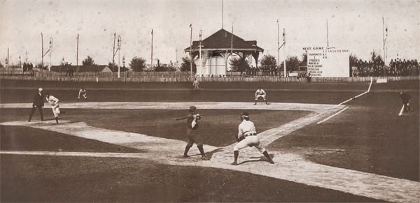 Hanlans-Point-Stadium-1897
